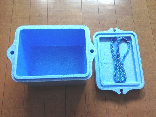 画像2:ダイソーのクーラーボックス(100円ショップ・ダイソー)