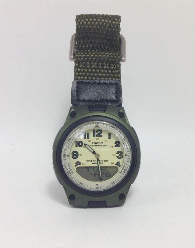 画像1:CASIO 腕時計 スタンダード AW-80V-3BJFを購入
